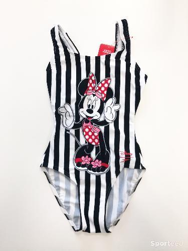 Maillot de bain 1 piece Collaboration Speedo et Disney noir rayé blanc Neuf avec etiquette